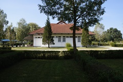 Castrum Thermal Camping Nagyatád Main Building, Sanitary Building